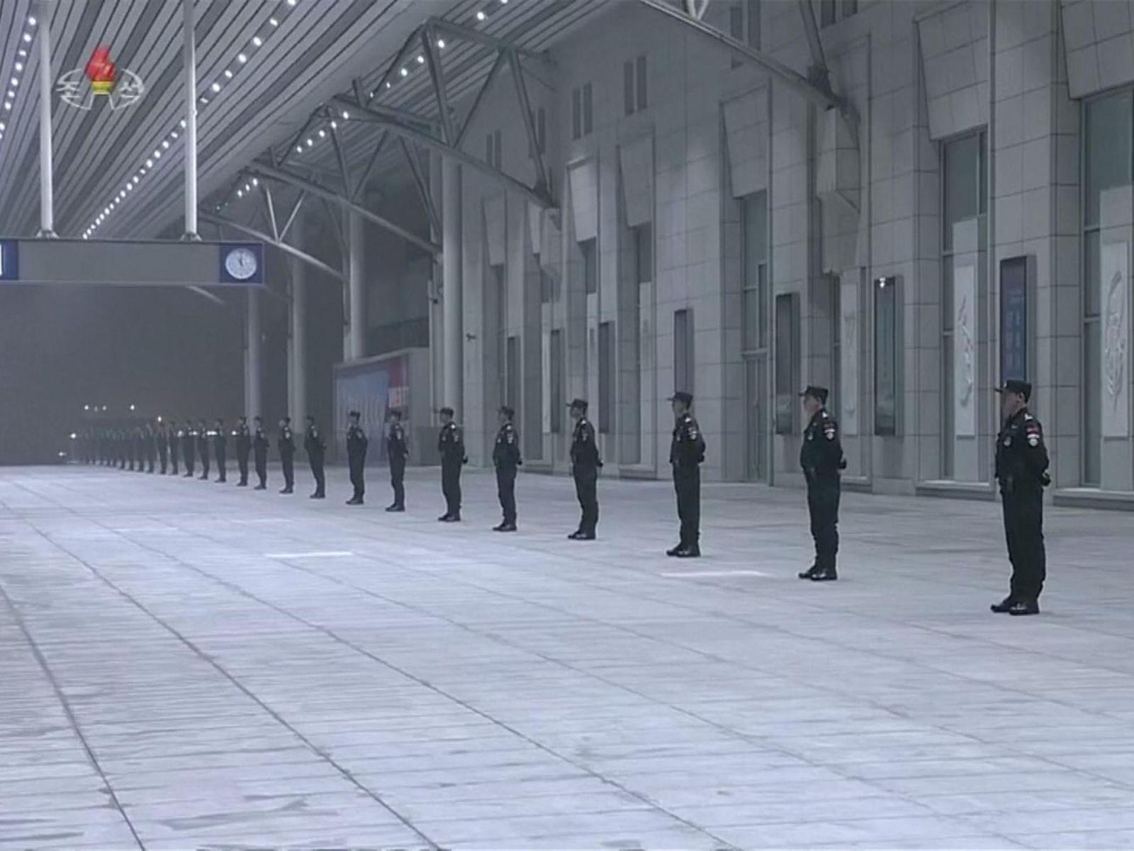 Grăsanul și misteriosul tren au revenit la Beijing